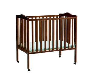 Best Mini Cribs for Small Spaces In 2018 (Top 8 Reviews) - KidsNewHub